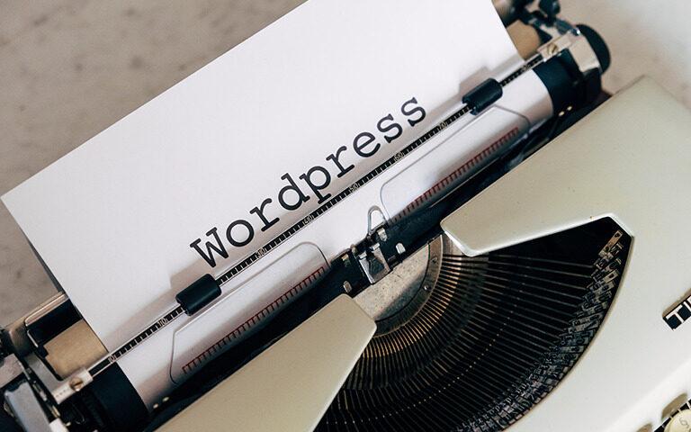 WordPress固定ページ編集画面のコンテンツエディターを非表示にする方法